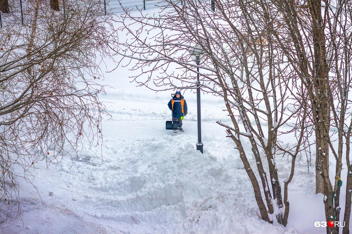 Если не хотите любоваться сугробами зимой и лужами весной — придется доплачивать