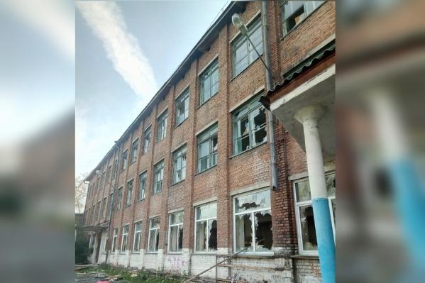Школа на улице Волгоградской