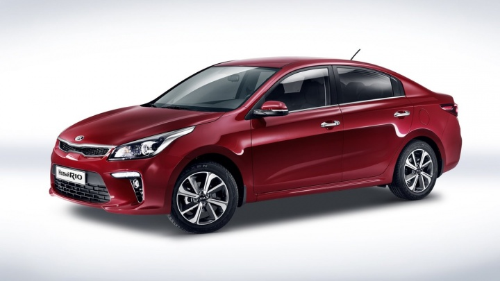 Новосибирцы переключились с кроссовера Hyundai Creta на легковушку KIA Rio