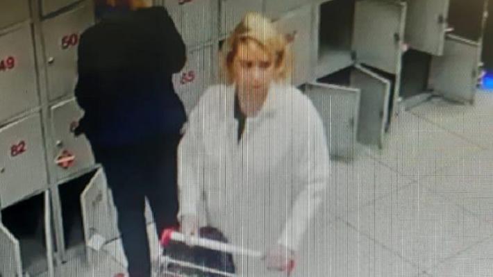Женщина, забравшая чужой кошелек в магазине на ЖБИ, вернула его хозяину