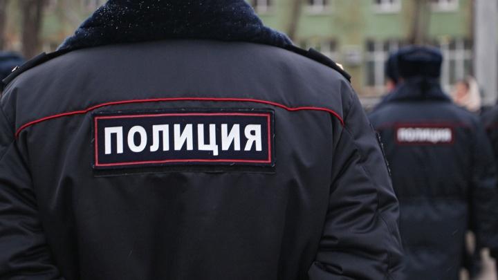 «Ведем следствие и розыск»: в Чайковском полиция ищет преступника, ограбившего табачную базу