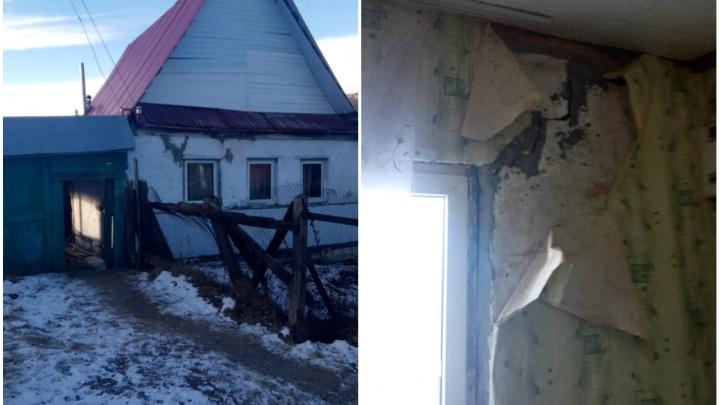 Сиротам из Башкирии выделили ветхие аварийные хибары вместо жилых домов