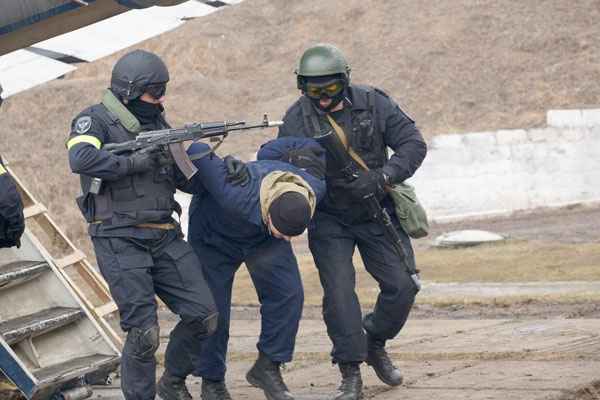 Красноярцев предупредили о пробках на дорогах из-за учений силовиков по поиску террористов