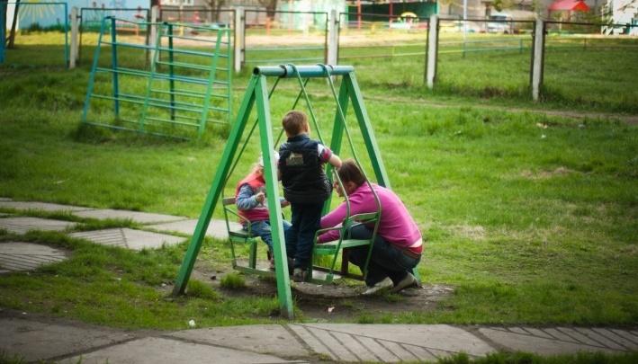 Воспитатель ударила ребёнка в детском саду: родители отсудили за синяк 25 тысяч