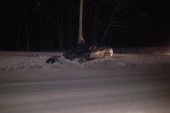В ночном ДТП с «Хондой» на Бердском шоссе пострадали два человека