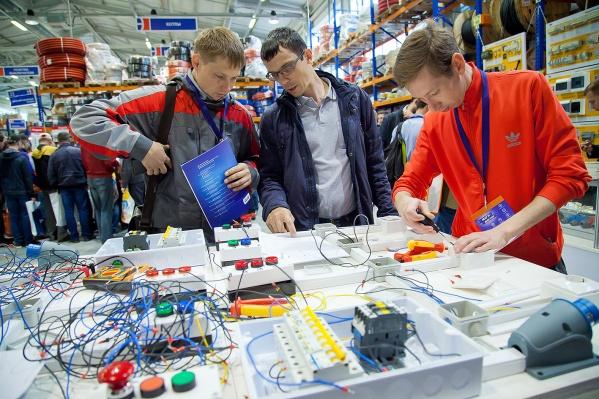 На выставке специалисты могут протестировать инструмент и оборудование, получить новые знания и навыки