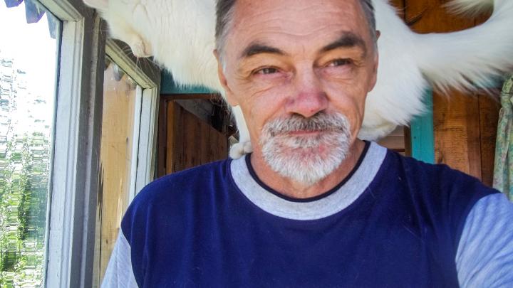 «Сложили в мешок, чтобы сжечь в топке»: в Уфе после смерти профессора жестоко убили его 28 кошек