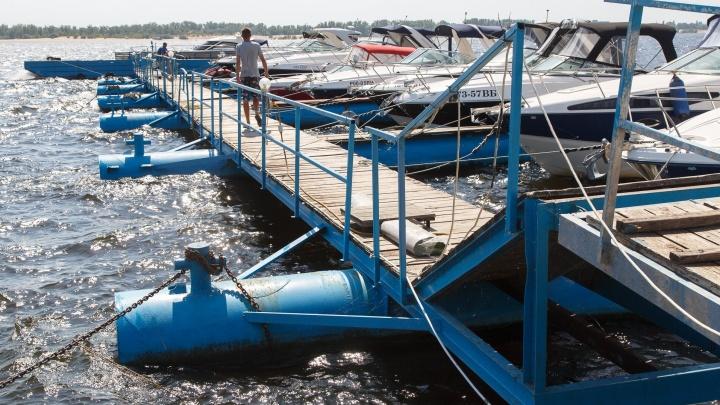 В первый день апреля волгоградцам разрешили спустить на воду катамараны и гидроциклы