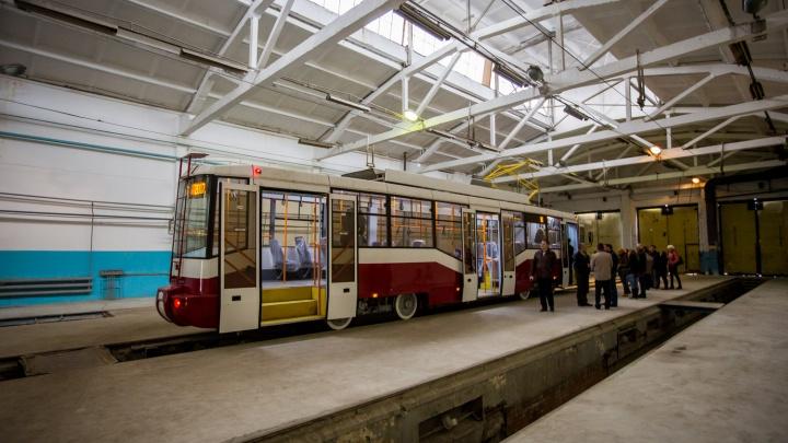 Так вот в чём дело: в мэрии Новосибирска назвали главную поломку новых белорусских трамваев