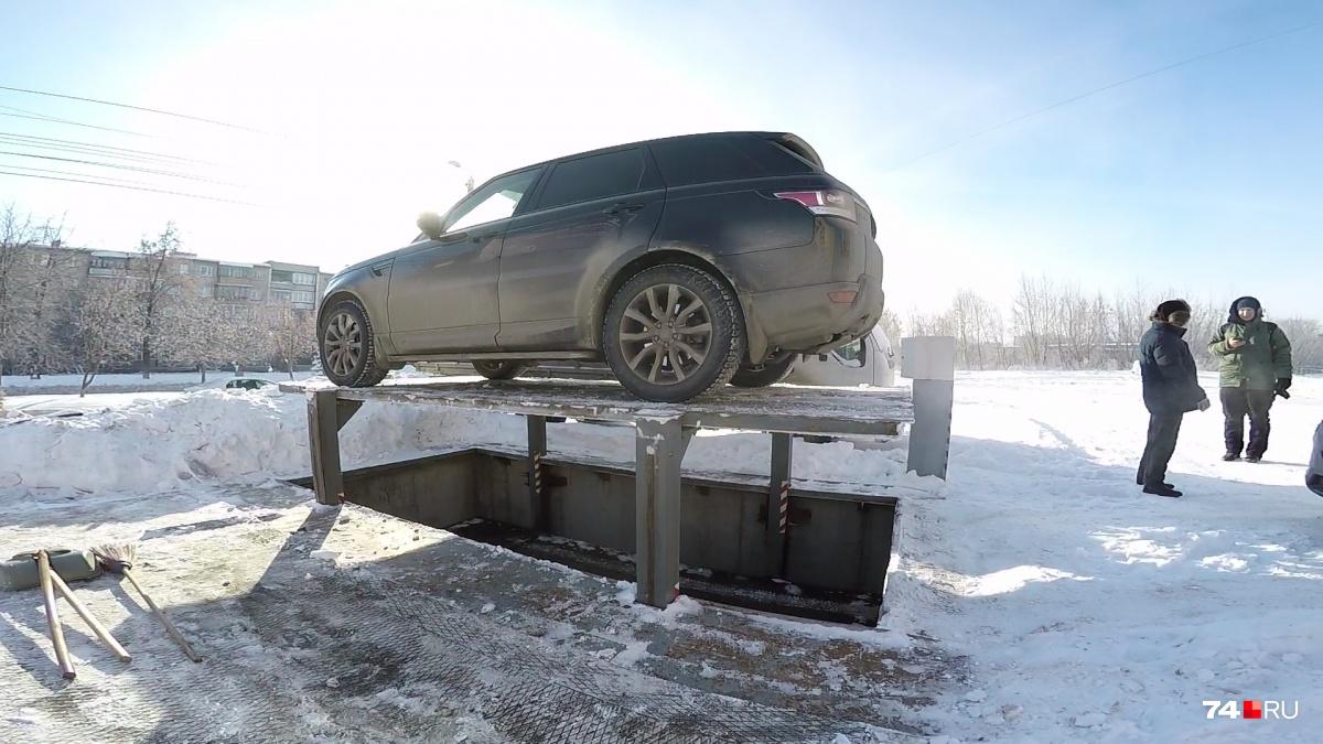 Под землёй гораздо теплее, поэтому запустить машину после «пещеры» в морозы легче
