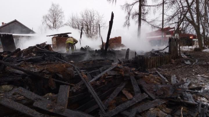 В посёлке Удимском Котласского района за одну ночь сгорели три дома