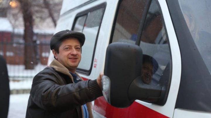 Новосибирским медикам подарили на Новый год машины за 50 миллионов