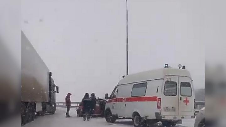 В ДТП на трассе Уфа — Аэропорт чудом уцелел годовалый ребенок