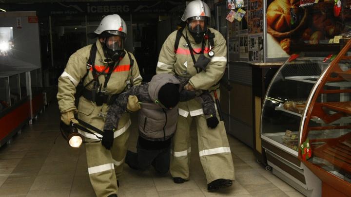 «Недовольным пообещали ломать жизнь»: челябинские спасатели пожаловались Текслеру на развал службы