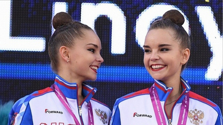 Нижегородские гимнастки Дина и Арина Аверины завоевализолото и серебро на чемпионате мира в Баку
