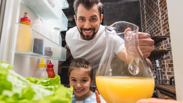 Ярославцам надоело спускать всю зарплату на еду: интерактивный холодильник подскажет, как быть