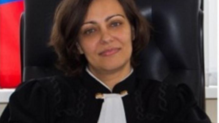 Экс-зампреда донского арбитража подозревают в разглашении гостайны