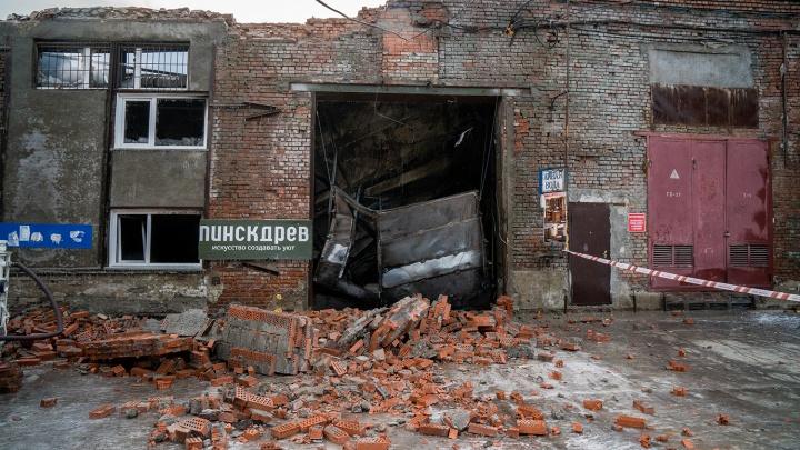 Сгорело всё, имущество не застраховано. Бизнесмены — о последствиях сильнейшего пожара на Королёва