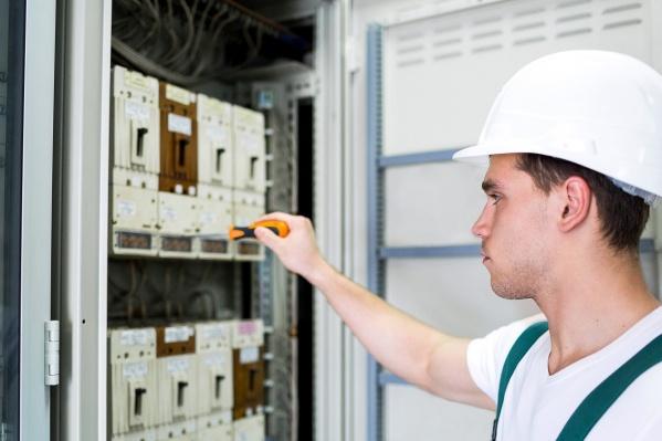 Установка электросчетчика должна осуществляться только специализированной организацией при соблюдении необходимых требований безопасности