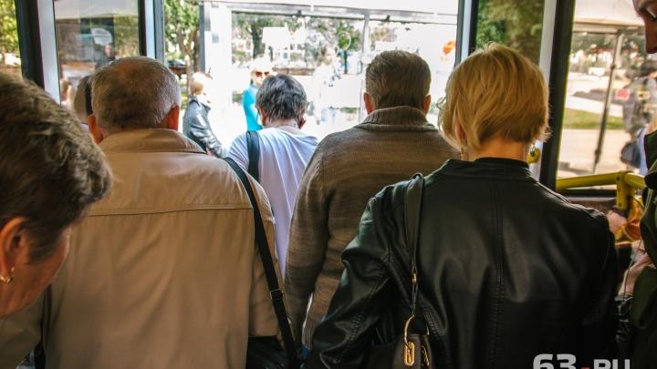 Наполняемость — равномерная: мнения самарцев и чиновников о работе автобусов №50 разошлись