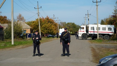 «Всё равно будет война»: большой репортаж из Орловского района, где фермеры стреляли друг в друга
