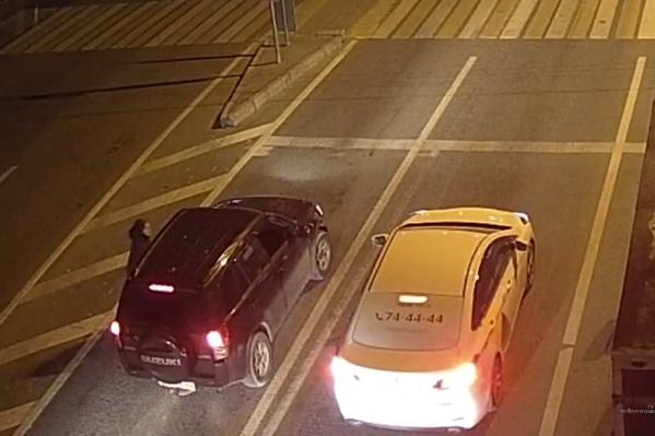 Полицейские нашли угонщиков по записям с камер видеонаблюдения