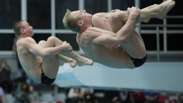 Красивые вращения и минимум брызг: в Челябинске стартовал Кубок России по прыжкам в воду