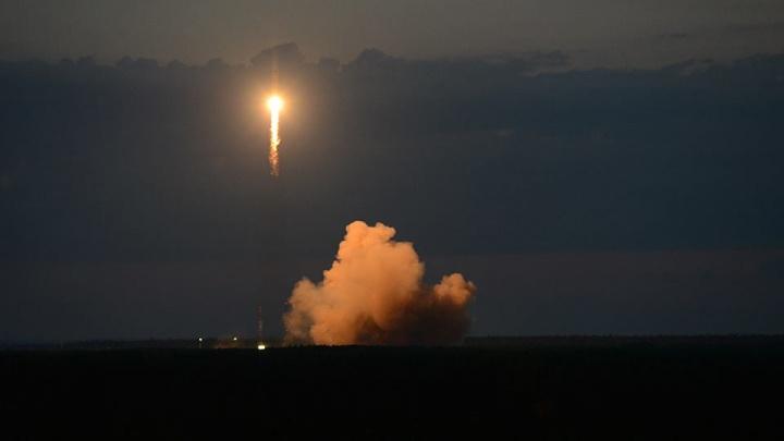 Самарская ракета-носитель успешно стартовала с космодрома Плесецк