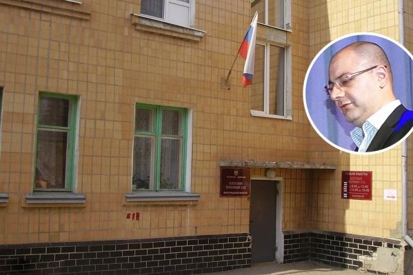 Рашад Набиев всеми силами бьётся за судейскую мантию