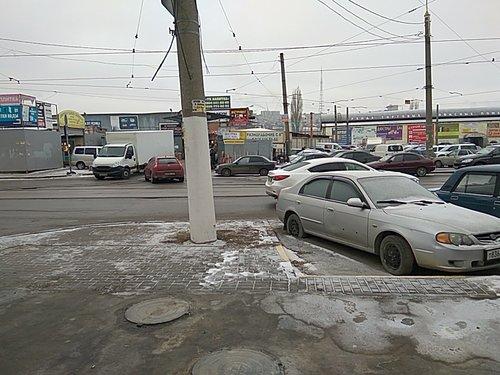 В Ростове снова сносят строительный рынок на проспекте Сиверса
