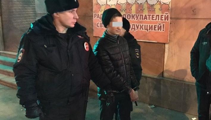 Обвиняемый в убийстве школьницы на Уралмаше попросился домой, потому что в СИЗО нет домашней еды