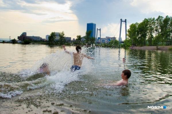 Обычно купальный сезон начинается в Красноярске не раньше июня