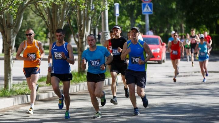 На метр больше: любителям бега удлинили «Волгоградскую милю»