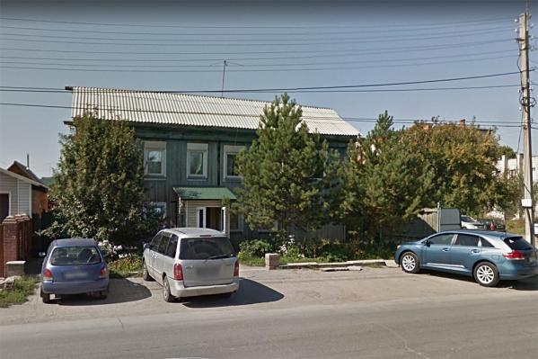 Обыски проходили в здании на Свердлова, 18 в Бердске