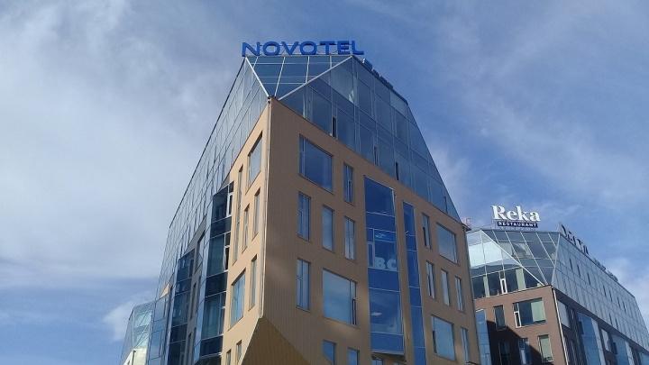 Телефон у туалета и фонарик для каждого: как работает в Архангельске самый северный Novotel в мире