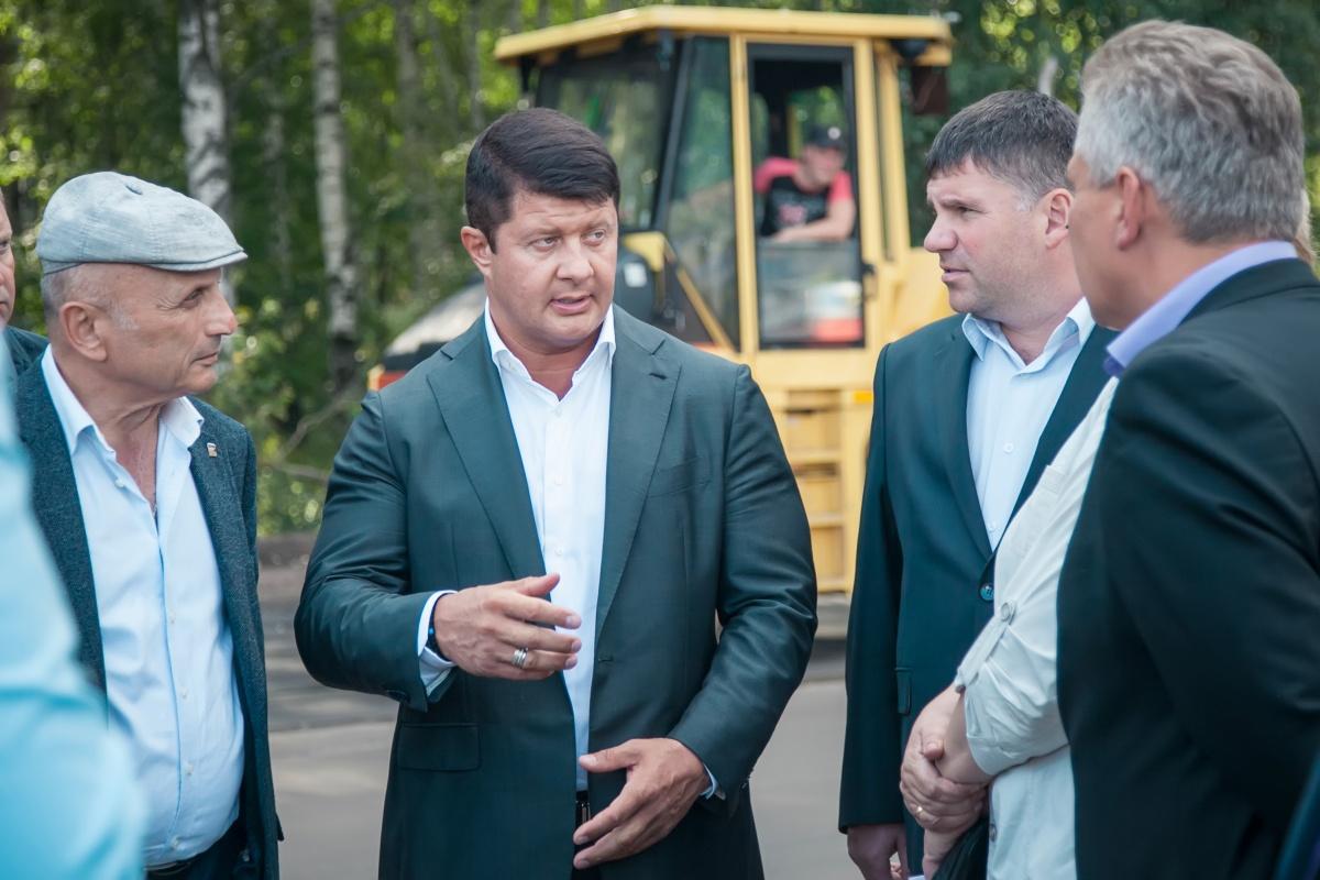 Мэр Ярославля Владимир Слепцов привык управлять городом в ручном режиме