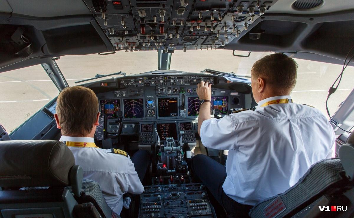 ЭкипажBoeing-737 передал курильщика в заботливые руки волгоградских полицейских