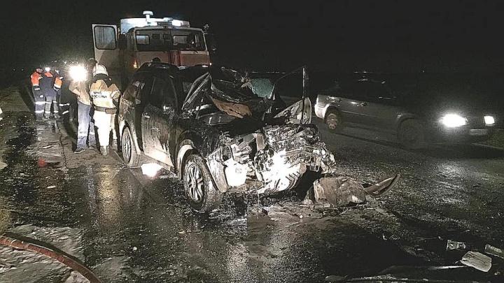 Водитель в Башкирии погиб после столкновенияSubaru с автоцистерной