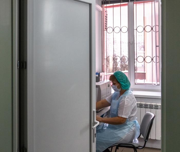 Привиться от кори можно в любой поликлинике по месту жительства