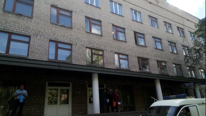 «Повлиять не можем»: на Южном Урале решили закрыть убыточную поликлинику