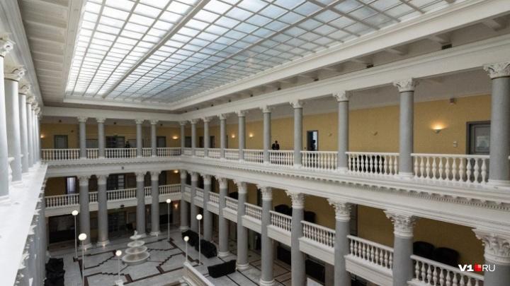 Волгоградцы хранят в банках по 107 тысяч рублей
