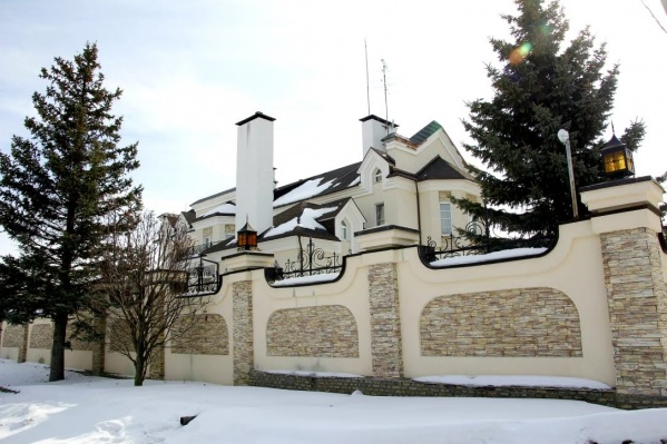 Деревня Коптяки сродни московской Рублевке