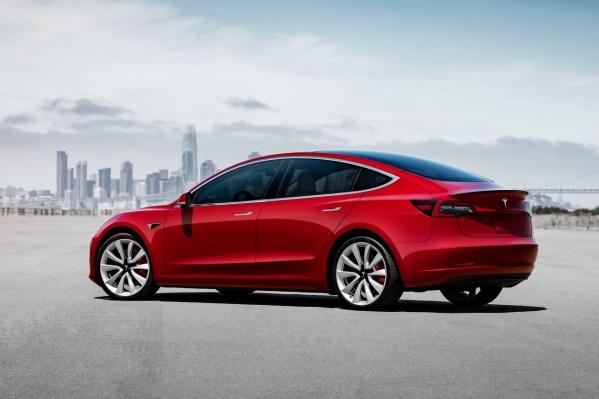 Tesla Model 3 символична: отчаянная попытка сделать электромобиль массовым обернулась нервным срывом для главы компании Илона Маска