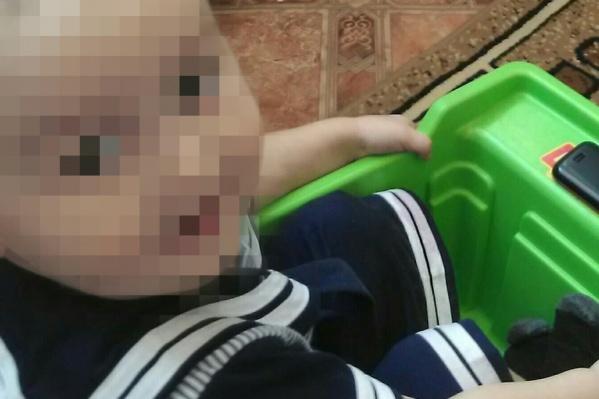 По мнению дедушки мальчика, в трагедии виновата его мать,25-летняя Ляйсан