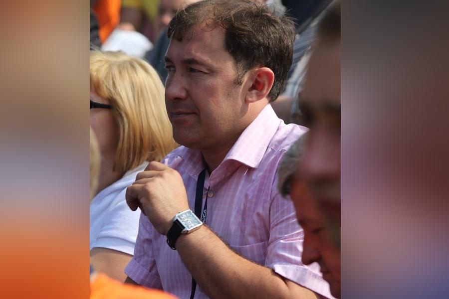 Руководителя Дзержинского района подозревают взлоупотреблении полномочииями