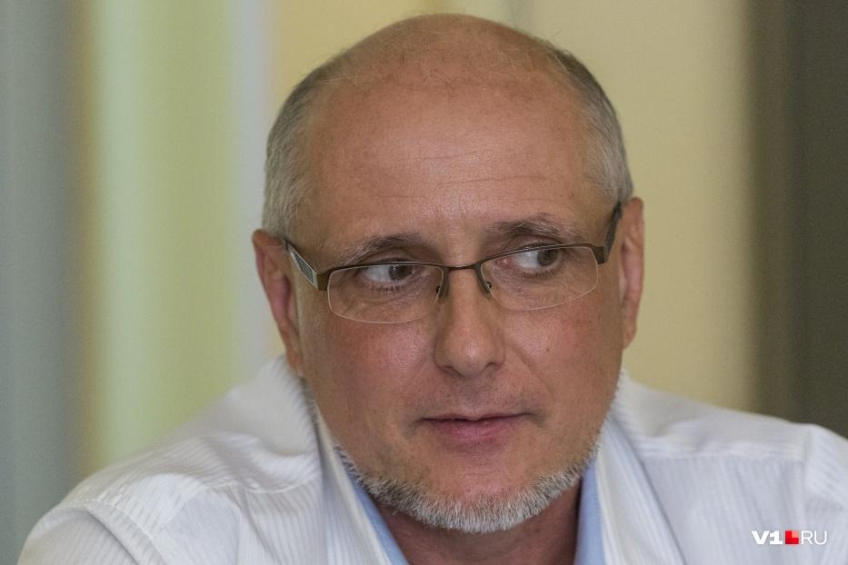 Вадим Колченко настаивает: работать под «черным флагом» он разрешил лишь одному отделению