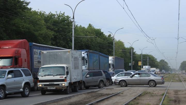 За утро на дорогах Новосибирска произошло семь аварий