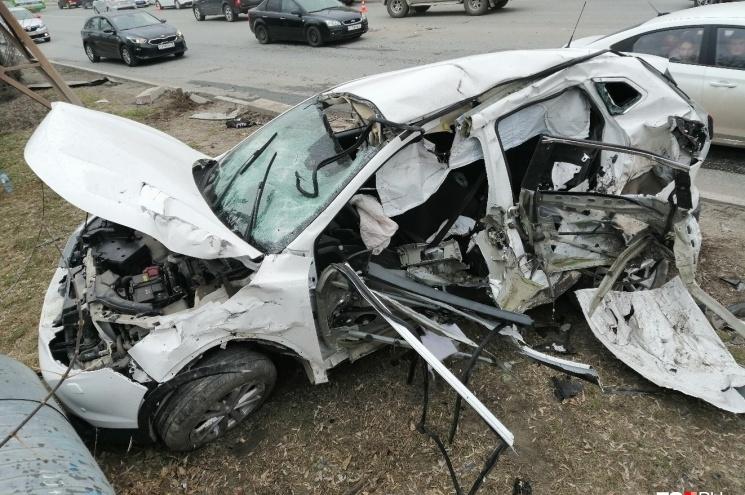 Тюменку, машину которой на скорости протаранилLand Rover на 50 лет ВЛКСМ, выписали из больницы