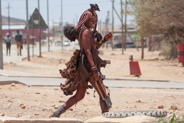 По словамАлексея Камерзанова, эти племена не избалованы вниманием туристов, по-настоящему дикие