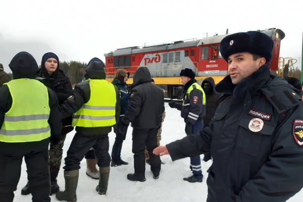 По словам активистов, на станции разгрузили два вагона с углем<br>